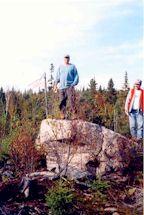 2000-  La fameuse roche qui a permis à Serge d'apercevoir l'orignal