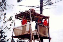 2001-  La cache à Léonce